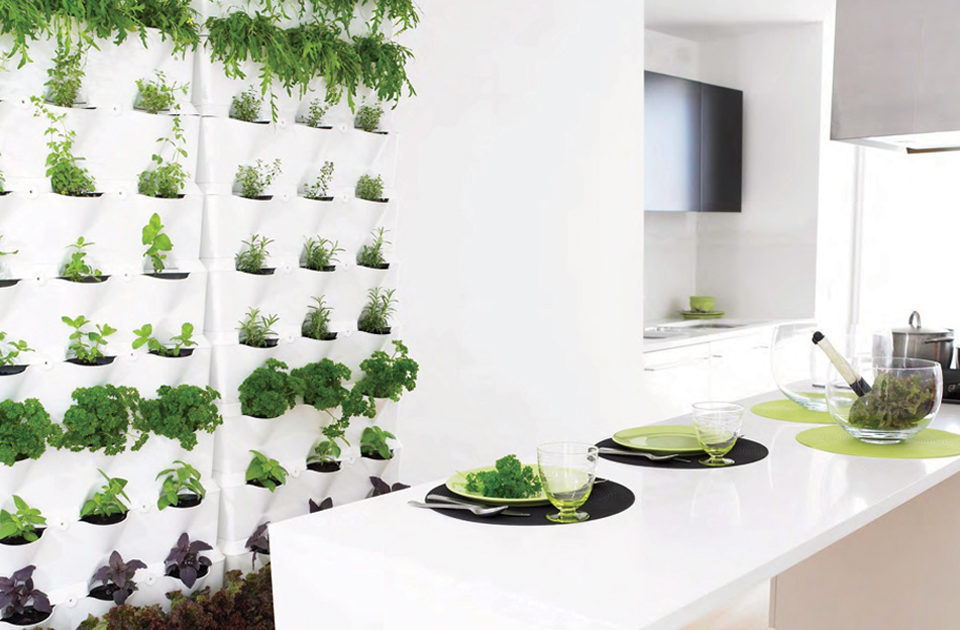 4 Unique Vertical Gardens For Small Spaces